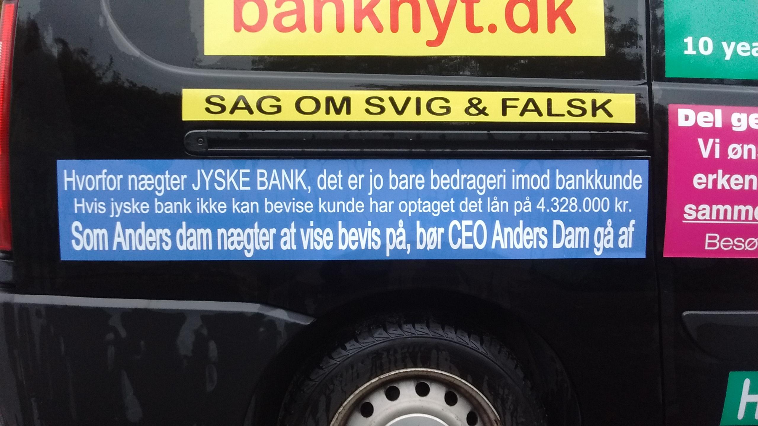 At nogle Danske Banker laver bedrageri er et alvorligt samfundsmæssig problem, og må være landsskadelig virksomhed. Politiet ved det sker, men vender det blinde øje til, mens banker bedrager os kunder. :-( At Danske Banker nægter at holde op med at bedrage deres kunder, er et alvorligt samfundsmæssig problem For hvornår bliver det dig det går ud over, har du kræfter til at stoppe svindel af stor Dansk Bank rettet mod dig selv. Vores sag er enkel Det gælder om at få Koncernledelsen i jyske bank til at erkende og undskylde deres medvirken til Jyske Banks mange års bedrageri / svig :-( :-( Da vi opdagede bedrageriet eller mente jyske bank udsatte os for et kæmpe bedrageri Skrev vi det til Koncernledelsen Eksempel. 18 & 19. maj. 2016. Det forsøgte Jyske Banks bestyrelse så 6 måneder efter, mere præcist Den 2. November 2016 at løbe fra. Hvor jyske bank bestyrelses medlem Philip Baruch forsøgte at lokke os til et møde, med en skjult agenda Bestyrelses medlemmet og advokat firmaet Lund Elmer Sandager ville forsøge lokke os, til at lave en rente bytte på et lån, et lån vi faktisk har. Sikkert mod at tilbud om tilbage betaling af nogle, af de penge jyske bank ved mandatsvig har STJÅLLET ved deres adgang til vores konti. DEN GIK IKKE Jyske Bank har siden kun ville fortsætte bedrageriet, hvilket vi syntes er både ækelt og modbydeligt gjort. Men jyske bank er jo en anderleds bank, en bank som bevidst og fortsat bedrager os. :-( :-( :-( Vedr. Svig og Falsk sagen mod jyske bank Hold øje med dato for retsmøde og hoved forhandling. BS 99-698/2015 Vi går i retten for at stoppe den svindel jyske bank ikke selv vil stoppe. :-) FORBEREDELSE TIL HOVEDFORHANDLING: VIDNER: Vidner i jyske bank sagen, der ønskes indkaldt, og måske ikke alle sammen ved at bedrageriet er opdaget, de kan jo læse om sagen på www.banknyt.dk www.tyv.dk Samt flere andre sider. Vi ønsker såmænd bare at disse personer BEKRAFTER hvad de har lavet og skrevet. Eller som advokater og bestyrelse har fået oplyst uden at g