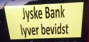 Jyske bank ansatte Lyver for at kunne snyde bankens kunder, så Jyske Banks koncern kan udfører et udspekuleret bedrageri / Klik og kom på banknyt
